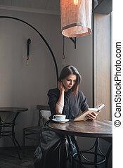 bonito, tabela, mulher, café, sentando