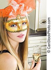 bonito, veneziano, loiro, máscara