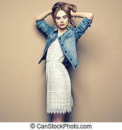bonito, verão, mulher, jovem, moda, retrato, vestido