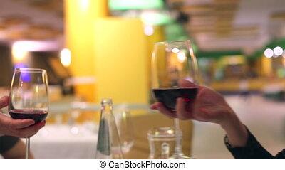 bonne disposition, vin, rouges, lunettes
