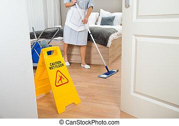 bonne, nettoyage, femme, plancher