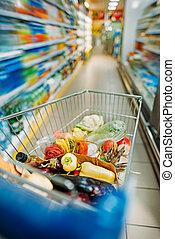 boodschappenwagentje, met, aankopen, in, supermarkt