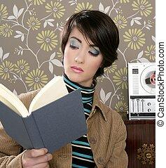 book reading woman retro vintage wallpaper room