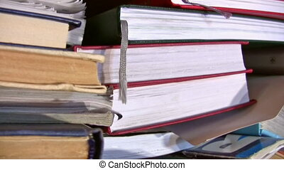 books panning - Books panning