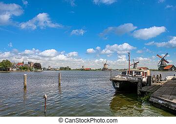 boot, auf, der, fluß, in, niederländisch, village.