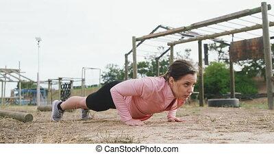 bootcamp, caucasien femme, exercisme