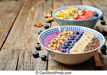 borówki, zdrowy, puchary, orzechy laskowe, truskawki, owoce...
