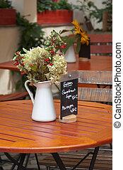 bord, Blomstrar, kastare