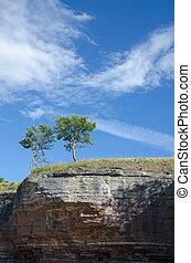 borda, formação, dois, árvores, penhasco