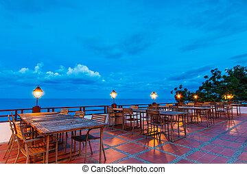 bordläggar, kväll, utomhus, strand, restaurang