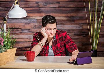Bored Butch Lady at Desk - Single bored butch lady at desk ...