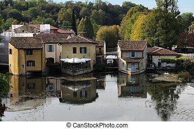 Borghetto over the Mincio, Italy