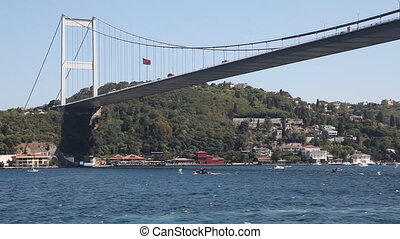 bosphorus 8 - goes sailing down the Bosphorus, shoot Canon...