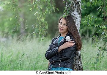 bosquet, portrait, femme, jeune, bouleau