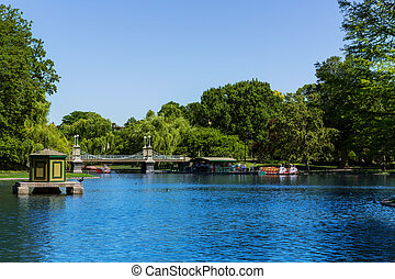 Boston Common public garden lake in Massachusetts