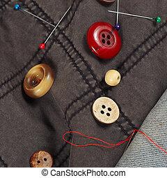 botões azuis, algodão, calças brim, agulhas, fios, alfinetes, closeup, roupas, pretas