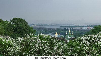 Botanical garden in Kyiv - Timelapse of Kyiv botanical...
