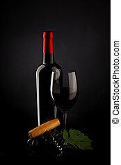 botella, con, vino rojo, y, vidrio, y, uvas