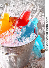 botellas, de, enfriador, bebidas, con, hielo