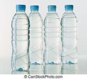 bottiglie, acqua minerale, luminoso, base, fondo, bianco