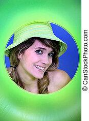 bouée, femme, vert