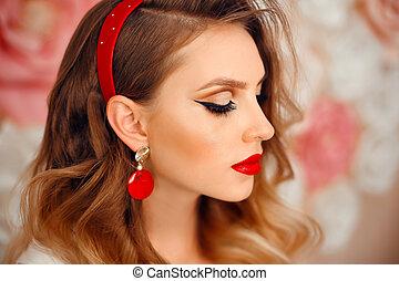 bouclé, parfait, beauté, modèle, femme, maquillage, products., cosmétique, beau, long, eyelashes., jewelry., girl, soin, visage rouge, eyeshadow., hairstyle., portrait