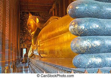 bouddha étendu, wat pho, bangkok, thaïlande