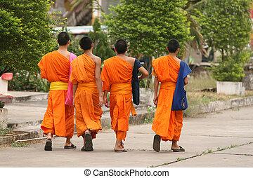 bouddhiste, moines