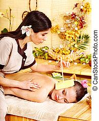 bougie, oreille, femme, masage, obtenir