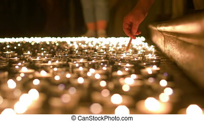 bougies, éclairage haut, prière