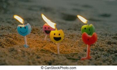 bougies, sourire, brûlé, faces