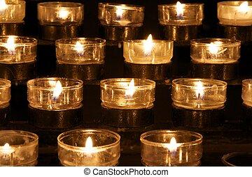 bougies, victimes, détail, église