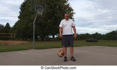 boule basket-ball, homme