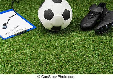 boule football, haut, bottes, presse-papiers, pas, fin, herbe