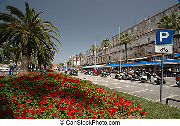 boulevard split croatia - boulevard by waterfront in split...