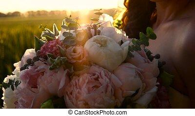 bouquet, champ, girl, fleurs