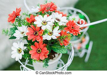 bouquet, fleurs, arranger
