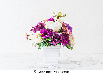 bouquet flowers in vase