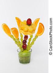 bouquet of fruit