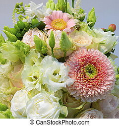 bouquet of roses gerbera roses eustoma