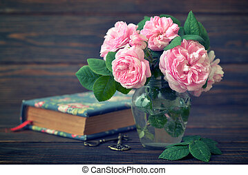 Bouquet of tea roses