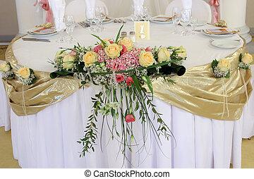 bouquet, sur, les, mariage, table