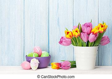 bouquet, tulipes, coloré, oeufs pâques