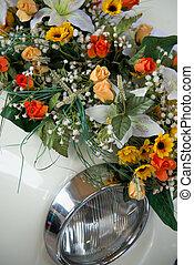 bouquet wedding car