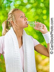 bouteille eau, petit, fom, girl, boire