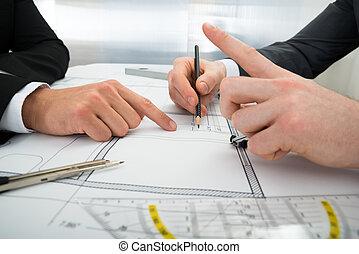 bouwschets, close-up, twee, werkende , architecten