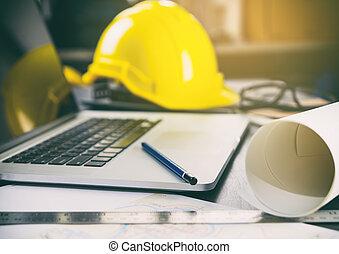 bouwsector, kantoorbureau, met, computer, en, gereedschap
