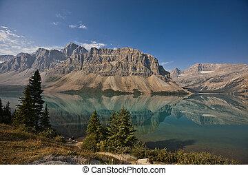 Bow Lake - Banff National Park - Alberta - Canada
