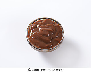 chocolate pudding - bowl of chocolate pudding