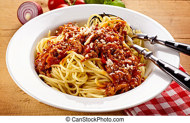 Bowl of fresh spaghetti bolognese